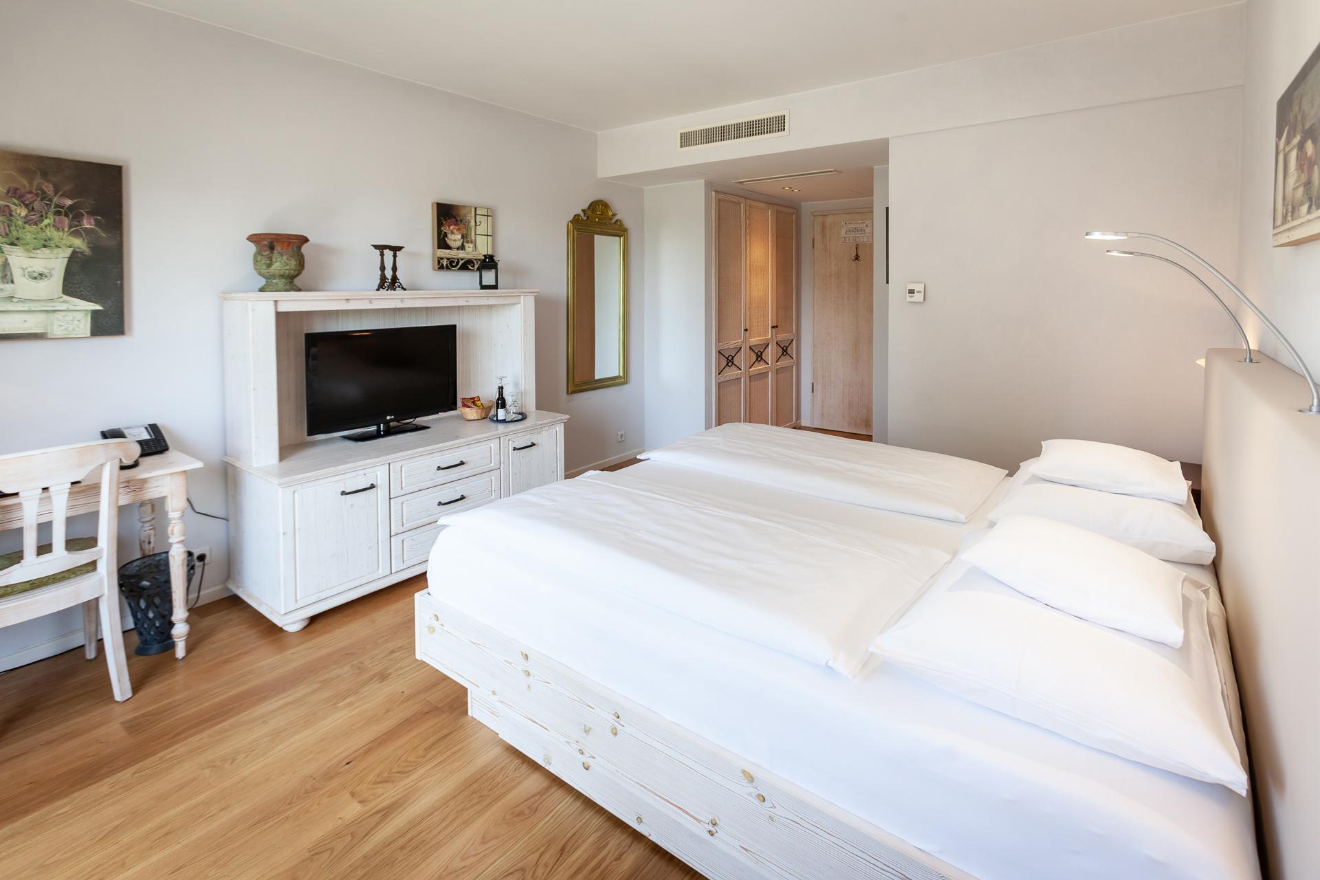 Urlaub im Hotel Hirschen in Freiburg Lehen