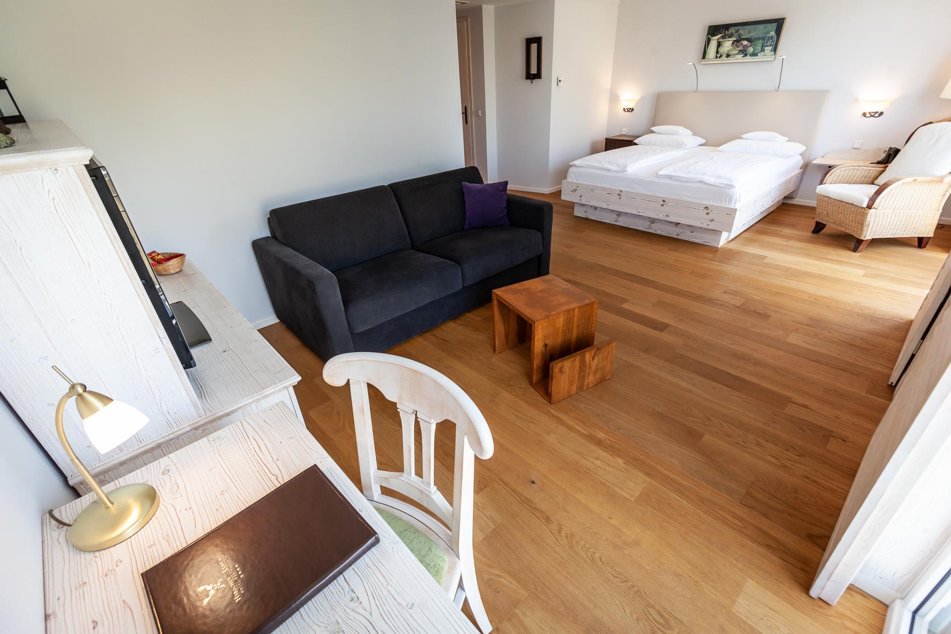 juniorsuite baumgartner gastst tten betriebe gmbh. Black Bedroom Furniture Sets. Home Design Ideas